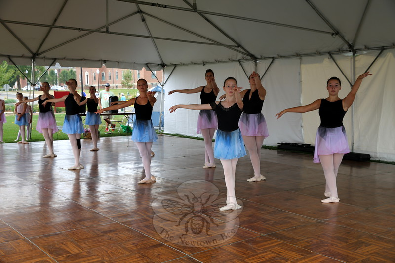 EH_ Newtown Arts Festival, Newtown Centre of Classical Ballet & Voice performance