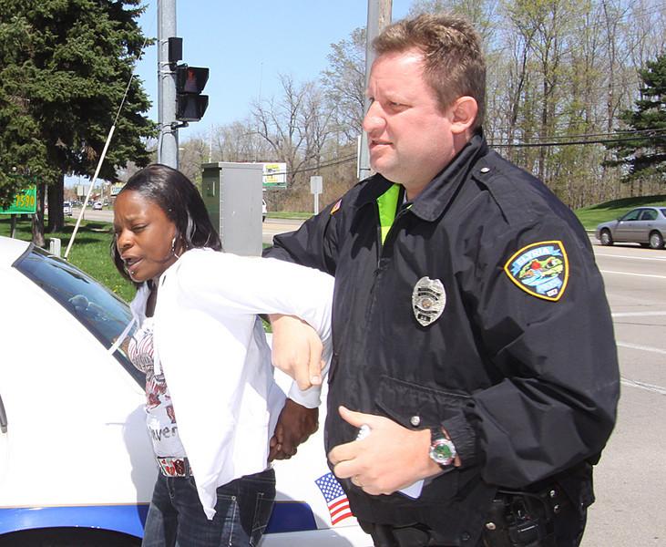 Shoplifting arrest - ElyriaCt