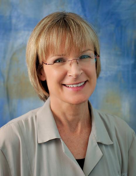 Dr. Jennifer Smith, internal medicine