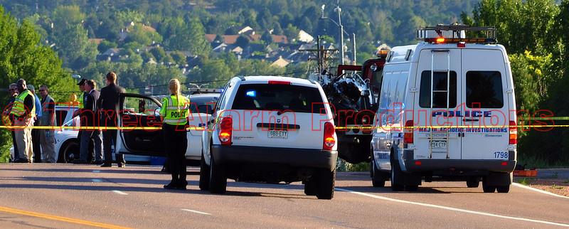 Police Officer dies in crash