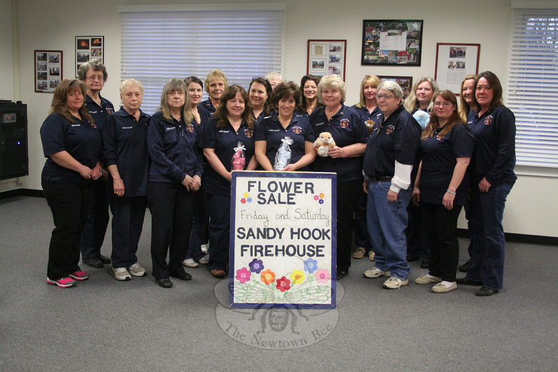 The Ladies Auxiliary of Sandy Hook Volunteer Fire & Rescue will present its annual Easter Flower Sale on Friday and Saturday, April 18 and 19. Members of the auxiliary will be at the Sandy Hook main station, 18-20 Riverside Road, from 10 am until 6 pm each day. Available for purchase will be baskets of flowers, flats of annuals, potted plants, and more. The sale regularly offers lilies, hydrangea, and other seasonal favorites. In recent years the women have also raffled at least one large Easter basket. Proceeds benefit the auxiliary, the support group for the fire company. (Hicks photo)