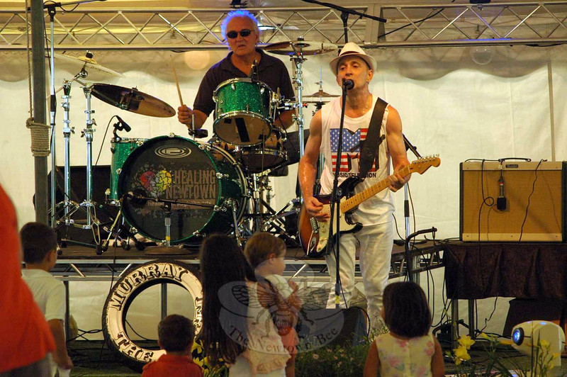 Members of the rock band Murray The Wheel were among the many musical groups that entertained at The Great Newtown Reunion event held on Saturday, July 27. (Gorosko photo)