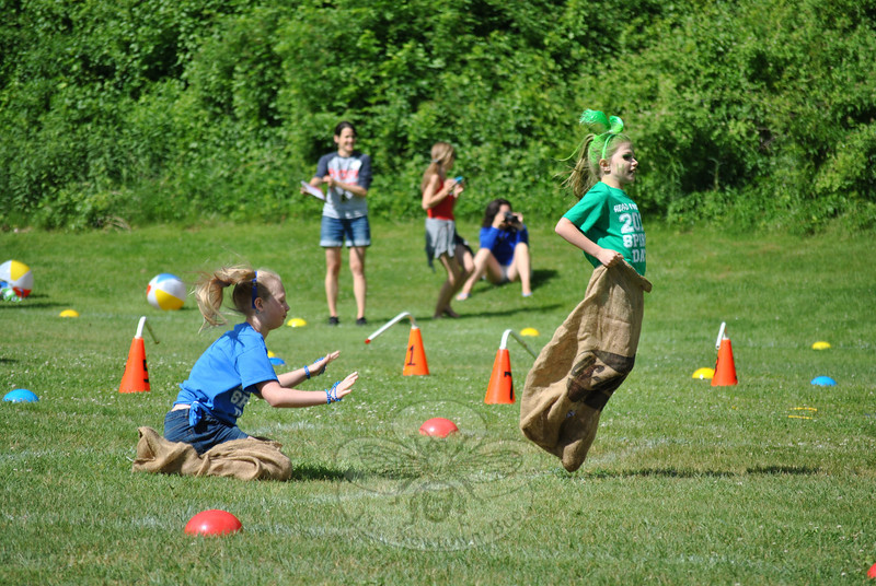 There are always ups and downs to a potato sack race, as these Head O' Meadow students can testify. (Crevier photo)