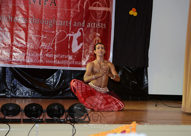 Renowned dancer Rahul Acharya came from India this year to participate in the Natya Tarang Festival of Arts Indian Classical Dance Recital at Edmond Town Hall on May 18. He translated a poem to dance as he acted out the story of a love affair gone wrong. (Bobowick photo)