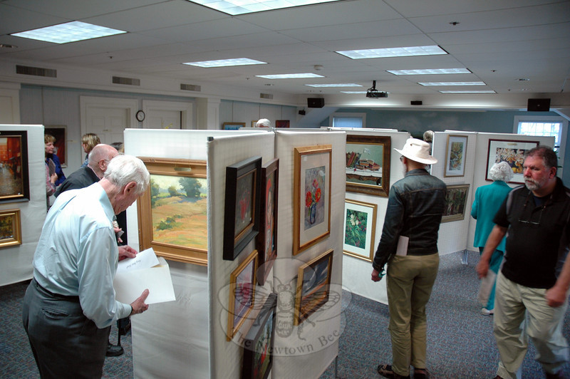 The Society of Creative Arts of Newtown, Inc. Spring Juried Show & Sale, on view through May 11, had its formal opening reception on Sunday, May 4. (Hallabeck photo)