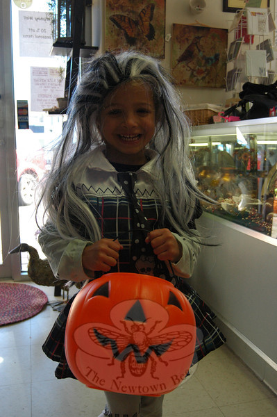 Lily Capener stopped by Wishing Well during the SHOP Halloween Walk. (Hallabeck photo)