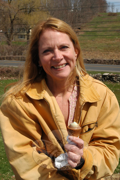 The Newtown Bee: What do you think the going rate is for the Tooth Fairy? Kimberly Marcus: [The Tooth Fairy] never gave money… always little trinkets — crayons, coloring book, puzzles— and the first tooth was she could have ice cream whenever she wanted. (Hallabeck photo)