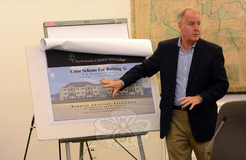 Architect Kevin Bennett of Bennett Sullivan Associates of Southbury describes aspects of the proposed River Walk at Sandy Hook Village condominium complex at an August 6 Planning and Zoning Commission public hearing. (Gorosko photo)