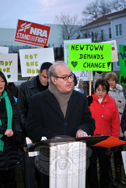 "Ron Pinciaro, president of CAGV, addresses supporters of NAA and of the NSSF, Tuesday afternoon, encouraging the locally based NSSF to help find ways to reduce gun deaths in the United States, and to show residents through those actions that they, too, ""are Newtown."" (Crevier photo)"