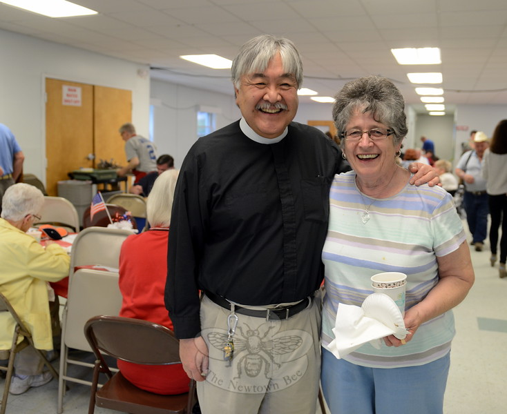 The aromas of garlic bread and marinara sauce mingled in the Newtown United Methodist Church hall and kitchen Saturday night, while Pastor Mel Kawakami and Pasta Dinner founder Martha Millett greeted guests during the final dinner event of the season. Dinners, and their subsequent coffee house events, will resume in September. (Bobowick photo)