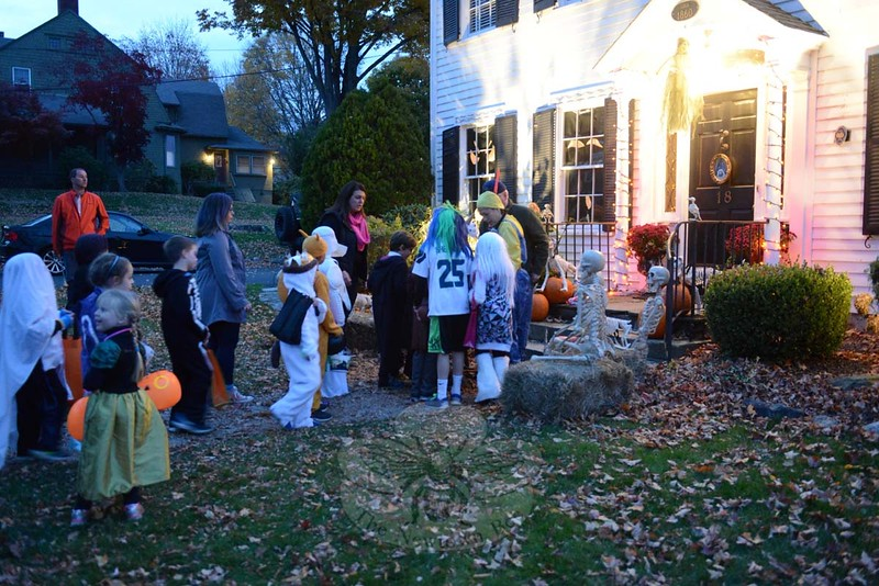 More than 2,700 people reportedly stopped at homes on Saturday, October 31, for Halloween. Up and down Main Street special displays, presentations, and candy handouts were held. (Bobowick photo)