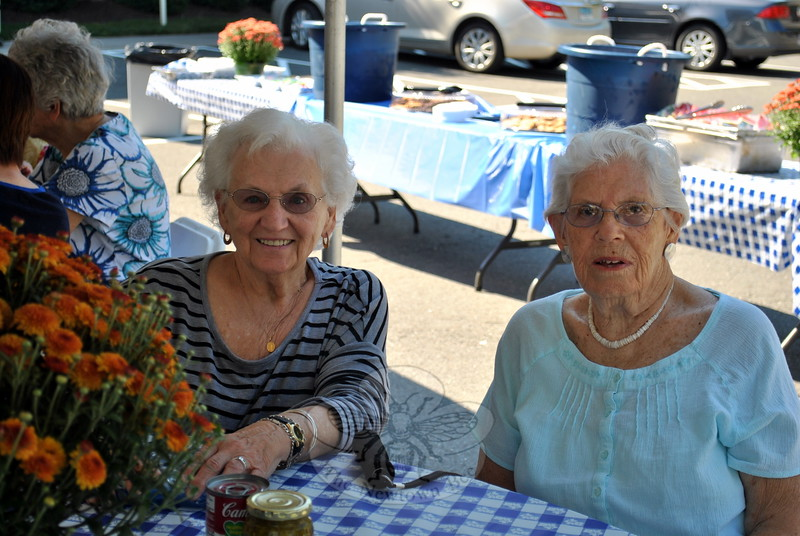 Area senior residents Terry Curry, left, and Barbara Wadleigh are pleased to attend the picnic at Masonicare at Newtown. (Crevier  photo)