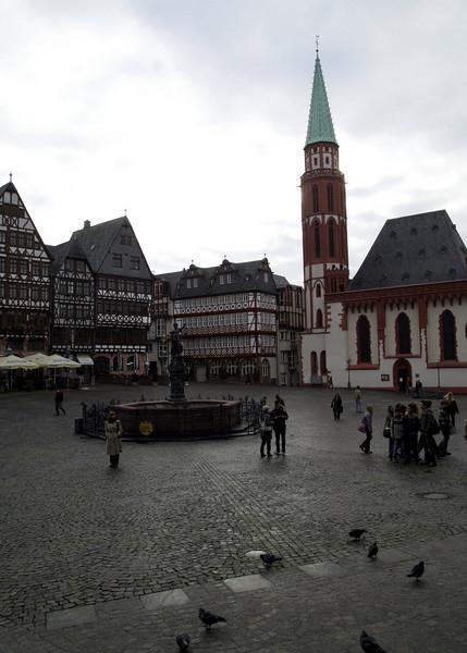 Platz outside the Romer
