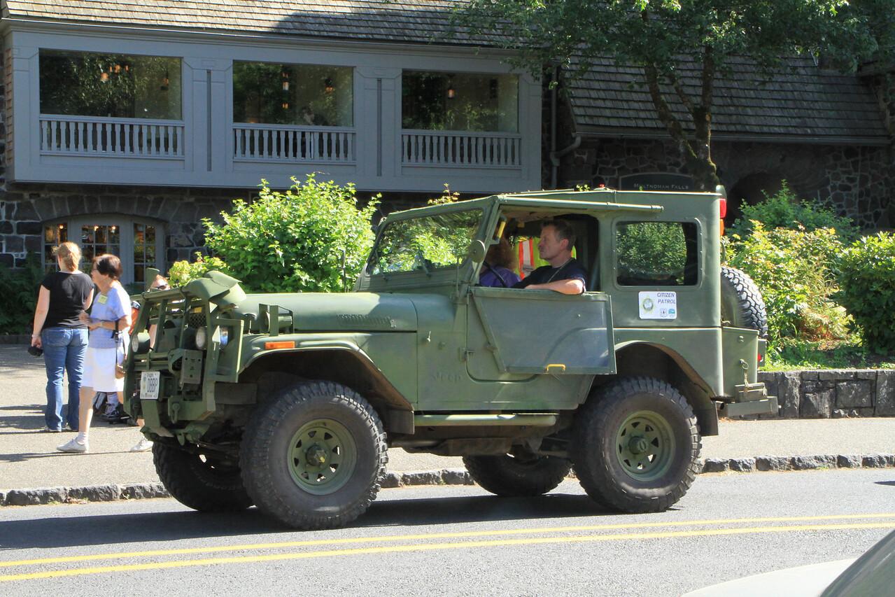 Volunteer citizen rescue vehicle patroling the area.