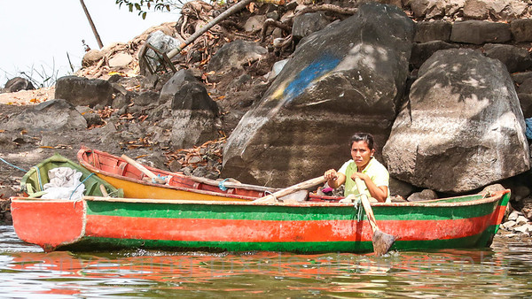Lake Nicaragua:  navigating a boat around the lake is learned at an early age.