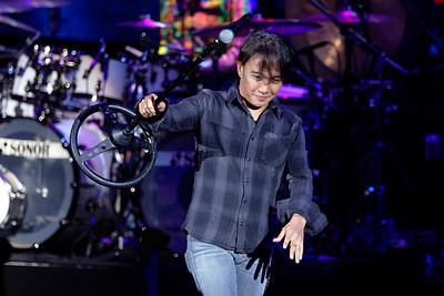 Journey live at DTE on 8-4-2016. Photo credit: Ken Settle