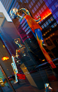 Mannequins Miracle Mile Chicago Loop IL_7183
