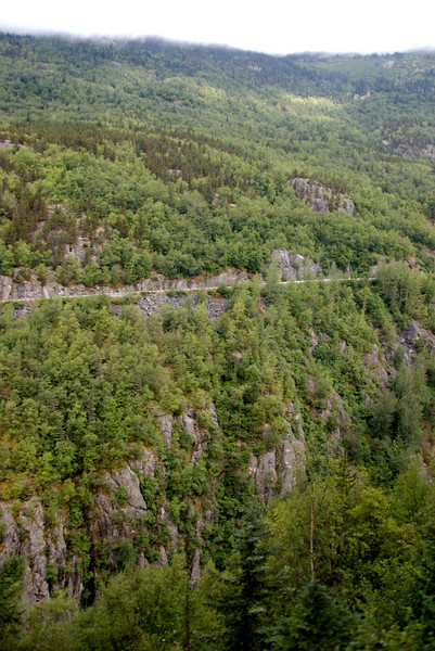 The road on the other side of the ravine. Another way back to Skagway.