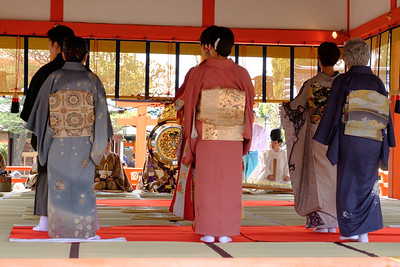 For us, the festival was an opportunity to see glorious kimonos & obis