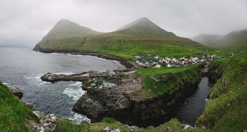 The small fishertown of Gjògv.