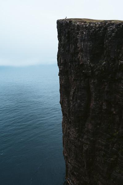 The cliffs of Trælanípan.