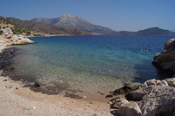 Aghios Nikolaos bay+beach