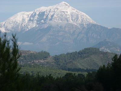 Olimpos-Bey mountains