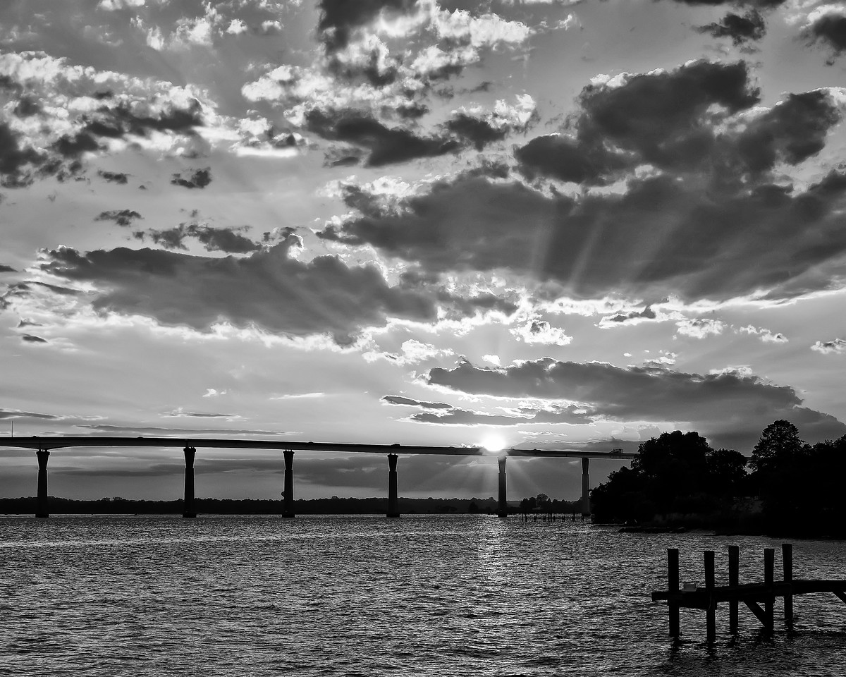 May 28th,  It was a nice evening over at Solomon's Island this evening.  Had a really nice time shooting with a friend, and enjoyed a nice dinner.