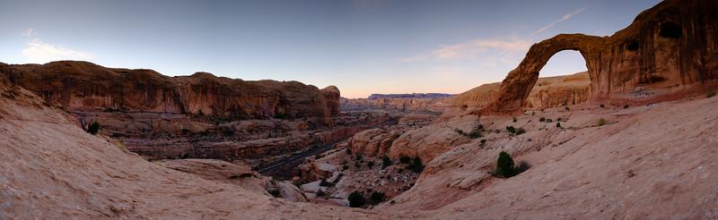 Corona Arch panorama