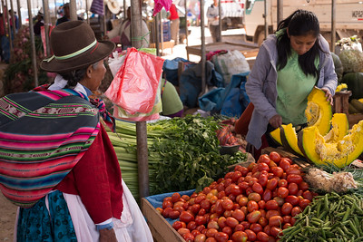 At a little local market outside Cusco, the full bounty of Perú's agriculture is displayed in abundance