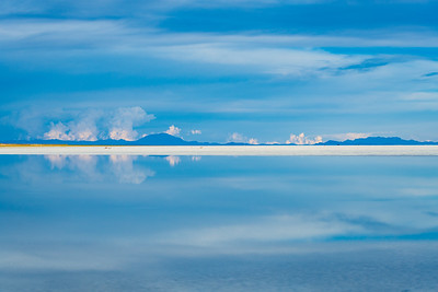 The real attraction of this region is the Salar de Uyuni, the world's largest salt flat