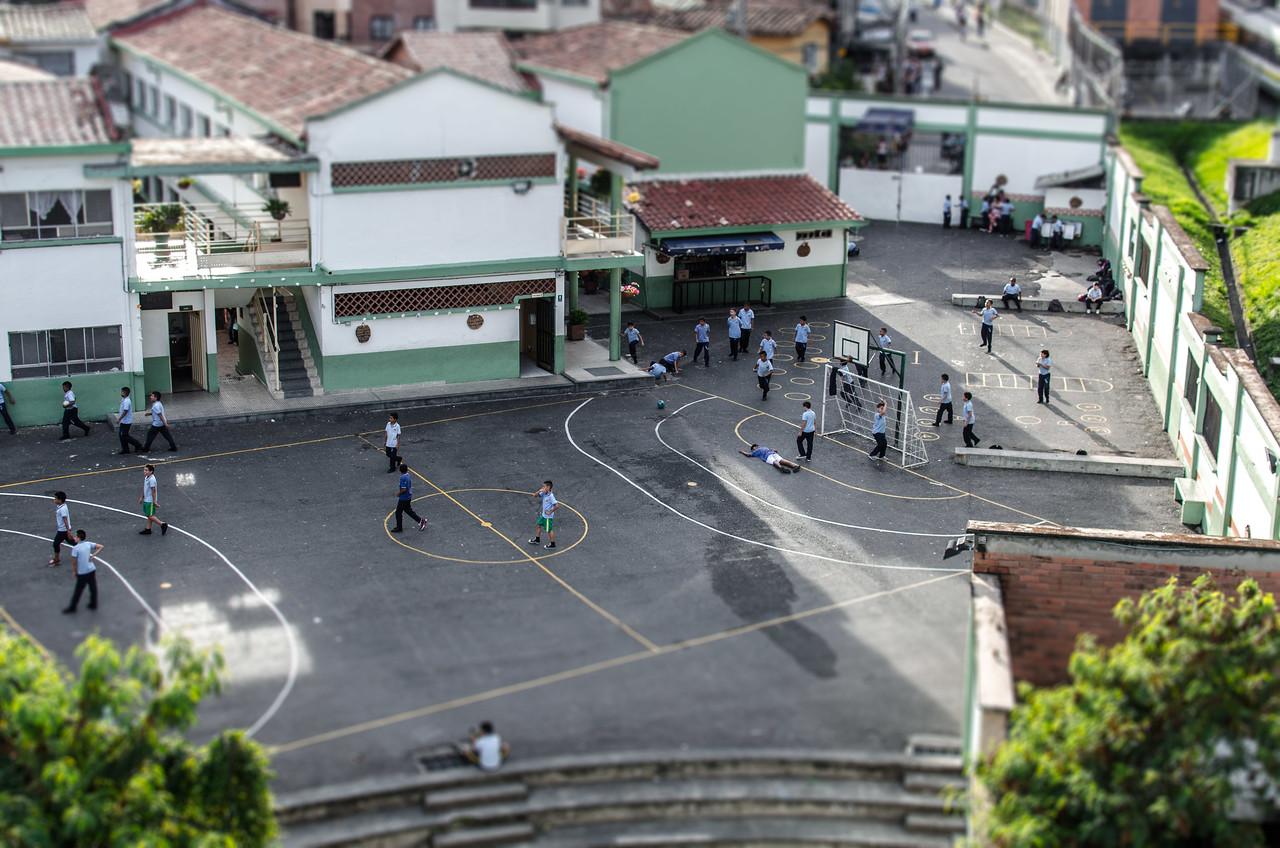 School lunch break in Medellien