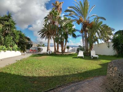 Villa Guaza Granero garden