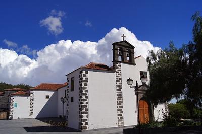 San Pedro Apóstol church