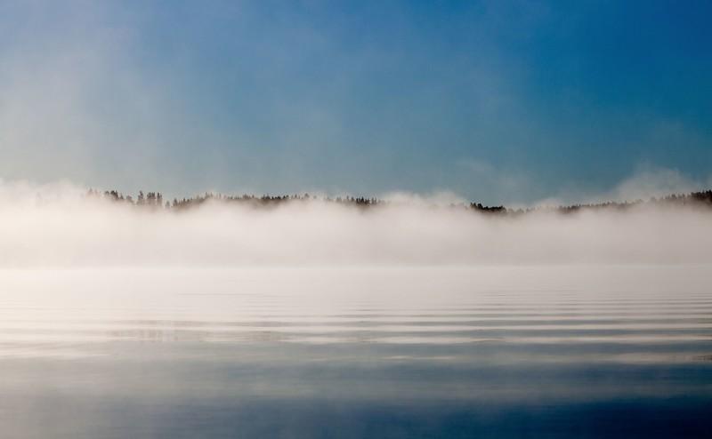 Morning mist on lake Jääsjärvi