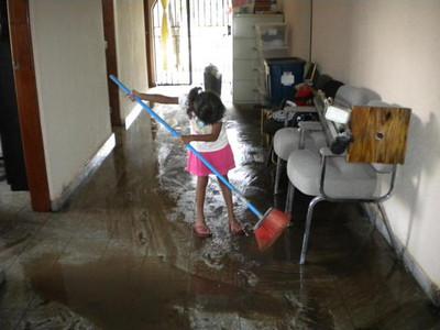 Jovenes en Camino - Flood of 2010