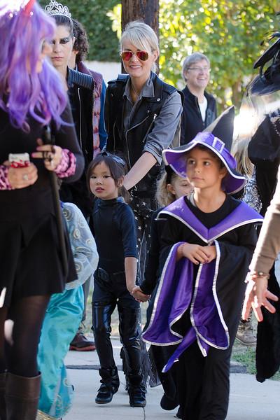 Joy Hallyday defile pour Halloween