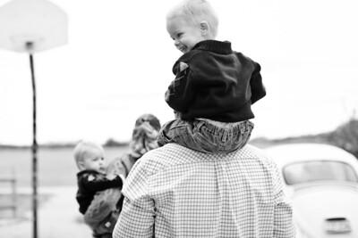 Redetzke_Family-021