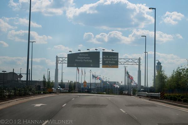 2012 06 18 Jr. Diplomats arrive2 @ Hartsfield2