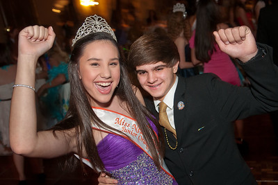 3123-JrOB-QueensBall  Junior Orange Bowl Queen's Ball in the Alhambra Room at the Biltmore Hotel in Coral Gables on Jan. 5th, 2012. (Photo by MagicalPhotos.com / Mitchell Zachs)