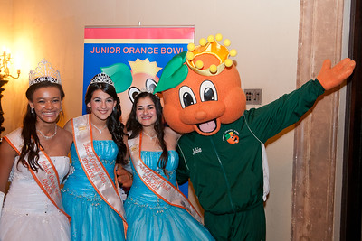 3093-JrOB-QueensBall  Junior Orange Bowl Queen's Ball in the Alhambra Room at the Biltmore Hotel in Coral Gables on Jan. 5th, 2012. (Photo by MagicalPhotos.com / Mitchell Zachs)
