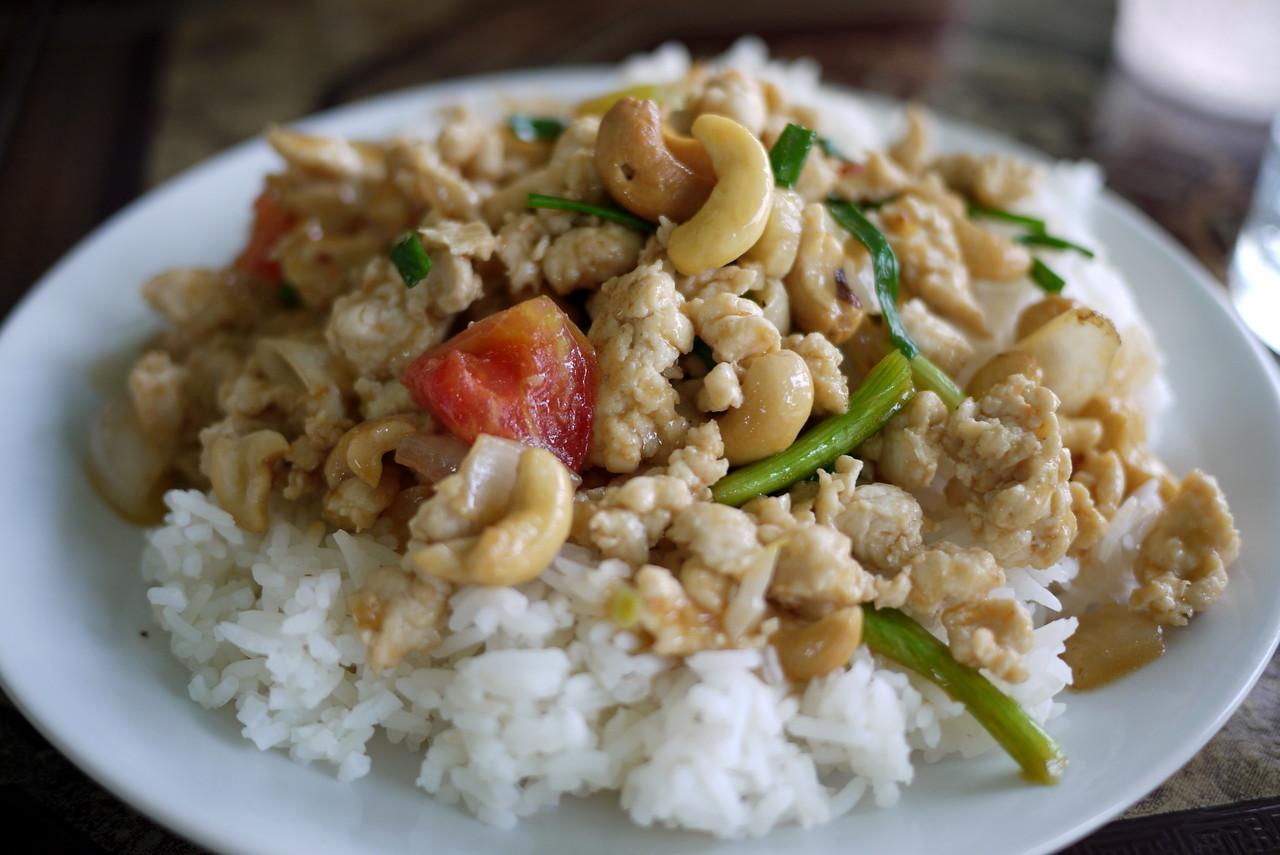 Chicken and cashew nut