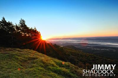 Mount Magazine Sunrise at Lodge