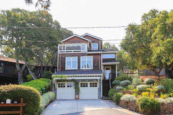 562 Hillcrest Ave, Redwood City
