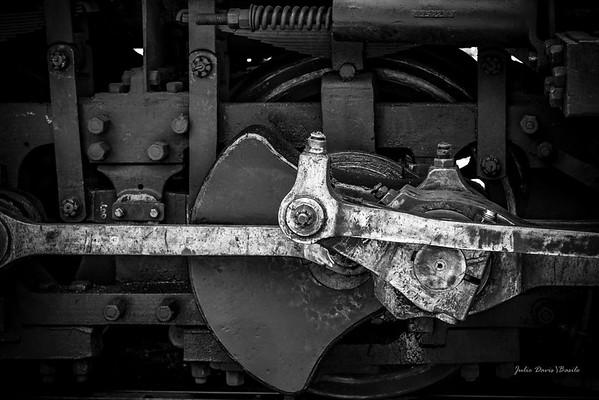 Trains -  Steam Engine Piston Wheel