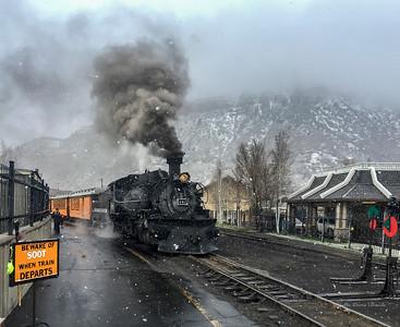 Trains - Steam Engine Leaving Station
