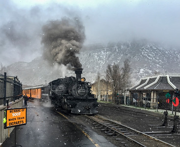 Trains - Steam Engine Leaving Station