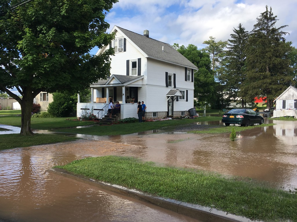 . Andrew Aurigema - Oneida Daily Dispatch Several homes in Canastota were flooded following heavy rains on Saturday, July 1, 2017.