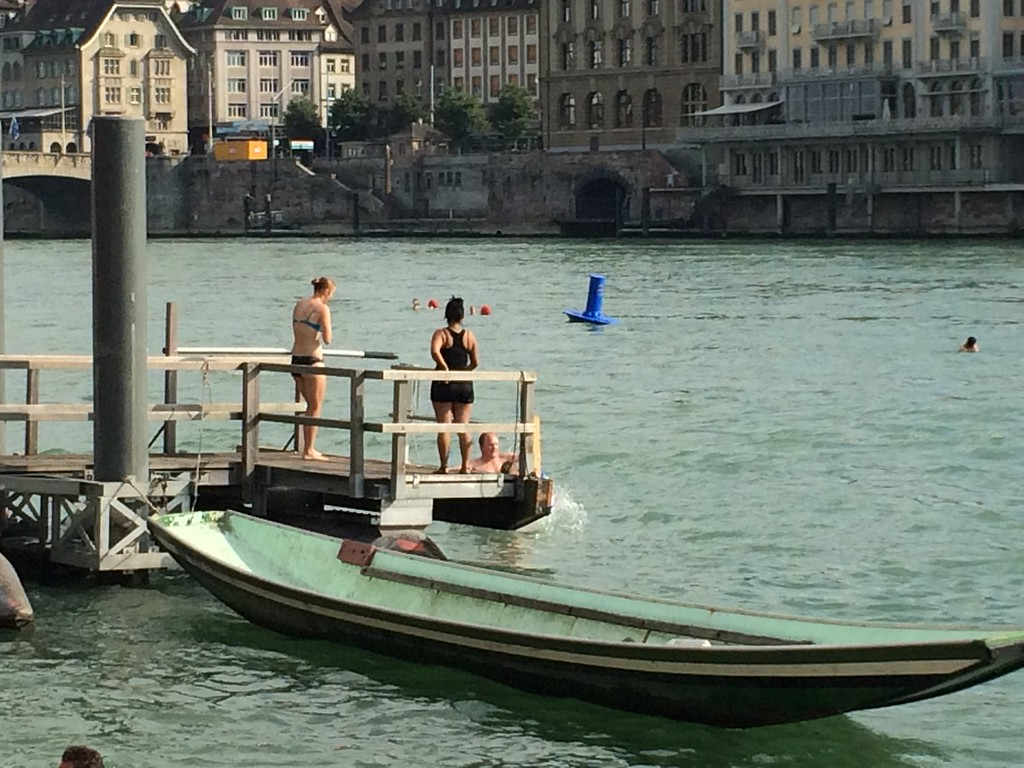 043 Rhein-Swimming with Mark