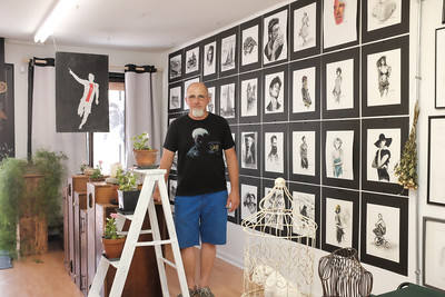 071516  Wesley Bunnell | Staff  New Britain artist Piotr Cichon in his studio Czarny Piotrius located at 190 Broad St.